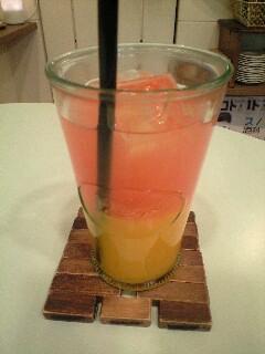 マンゴー&ピンクグレープフルーツジュース