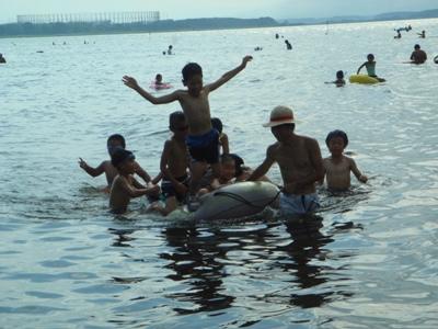 2010ゴムボート2