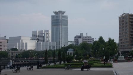 ウェルニ―公園 横須賀芸術劇場