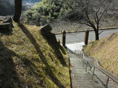 登り口を上から