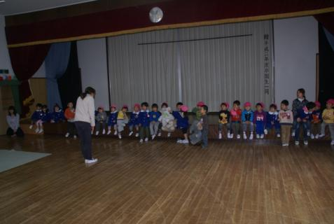 2012-04-11 24年度遊戯室遊び 002 (800x536)