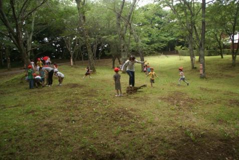 2006-01-18 年長城址公園花菖蒲園外保育 061 (800x536)