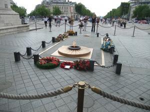 終戦記念のプレート