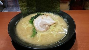 yokohamaiekei_ra-men_oofu_3