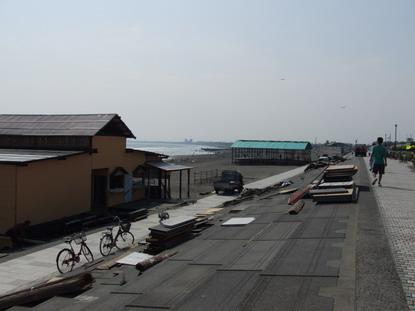 海の家設営