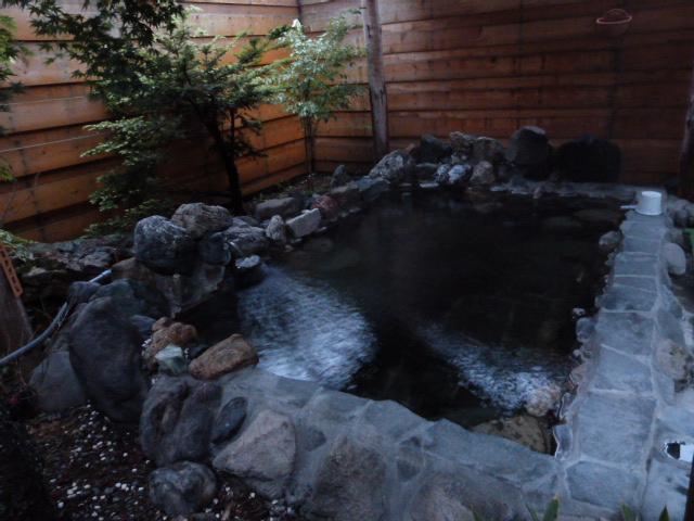 標津川温泉ホテル川畑・露天風呂