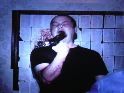 DI:デヴィッド自殺