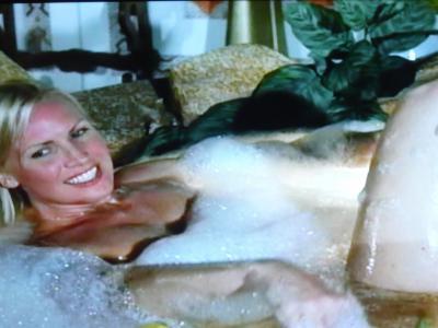 ATM:ジュリー入浴