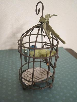 ベレー帽の小鳥歌