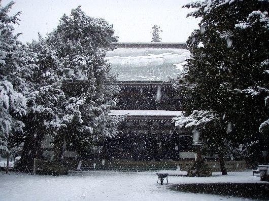 円覚寺仏殿2-20120229