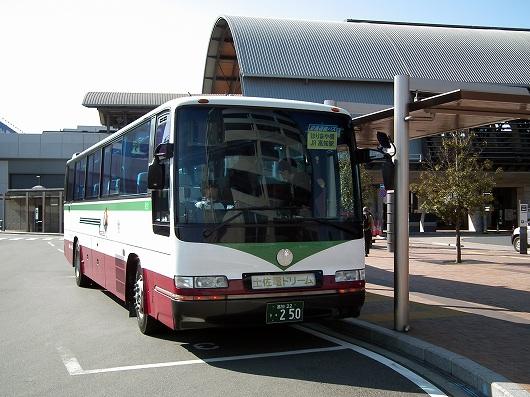 空港バス20120303