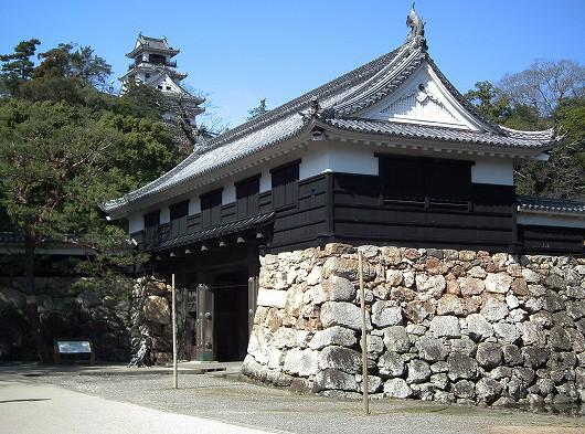 高知城・城門と天守20120303