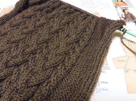 今年も毛糸の編み物はじめました♪