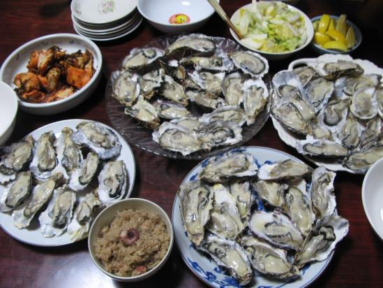 牡蠣食べ放題と炊き込みご飯