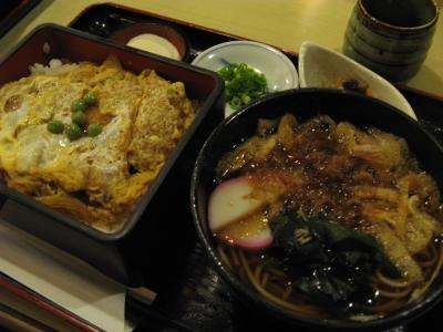 カツ丼と蕎麦定食