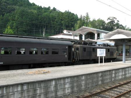 機関車 C56