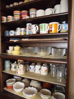 食器棚の上棚。