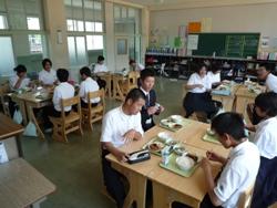20100611実習生お別れ会4