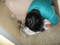 20100111811月トイレ掃除 005