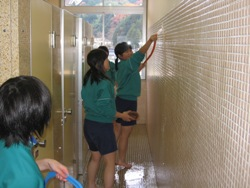 20100111811月トイレ掃除 016