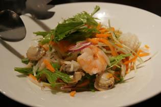 ヒルズ 海鮮サラダ