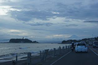 江の島と富士