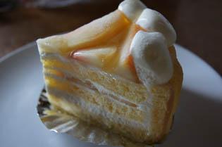 ケーキ 桃