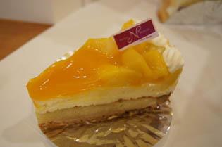 マンゴーのケーキ