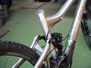 自転車クラック修理 2.jpg