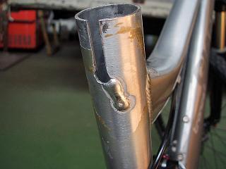 自転車クラック修理 1.jpg