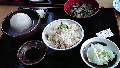 伊王野、蕎麦ガキ&鮎飯