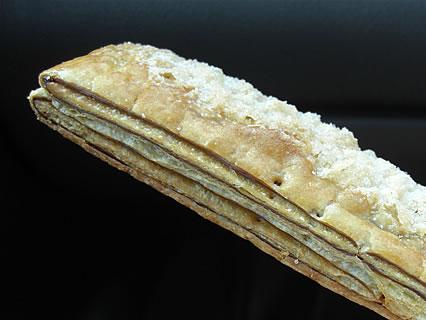 スーパーふじわら 小麦工房Viennois(ビエノワ) チョコパイ 側面