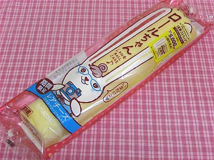 山崎製パン ロールちゃん(レアチーズ)