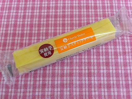 シェリエドルチェ 安納芋スティックケーキ(105円)