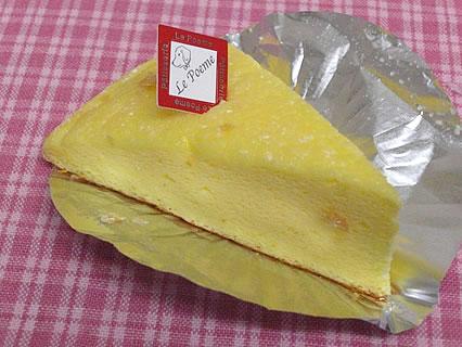 洋菓子のル・ポエム ズコット・チーズ(105円)