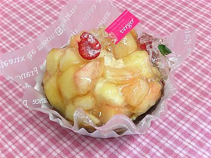Patisserie verger(パティスリー ヴェルジェ) 白桃のタルト(450円)