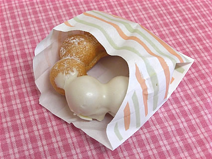 ミスタードーナツ 白いまぼろし ポン・デ・フロマージュ(147円)