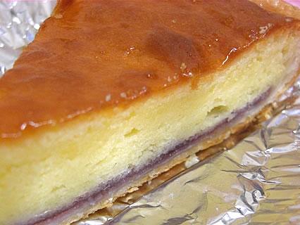 株式会社オルブロート東バイパス店 ベイクドチーズケーキ 断面