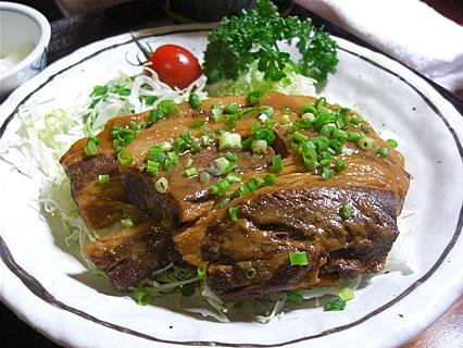 食事処 味喜や 黒豚やわらかみそ角煮定(800円)