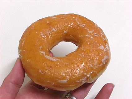 Krispy Kreme Doughnuts(クリスピー・クリーム・ドーナツ) 有楽町イトシア店 オリジナル・グレーズド(160円)