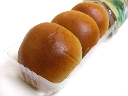 山崎製パン 薄皮よもぎつぶあんぱん 中身