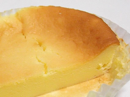 シライシパン チーズスフレ 断面