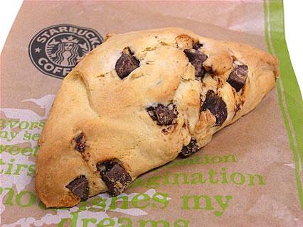 Starbucks Coffee(スターバックス コーヒー) 青森ELM店 チョコレートチャンクスコーン(230円)