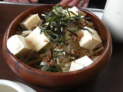 喫茶 ヨツバ 今週のランチセット(豆腐と肉みそのサラダ)