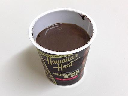 北海道乳業 ハワイアンホースト チョコレートプリン 中身-1