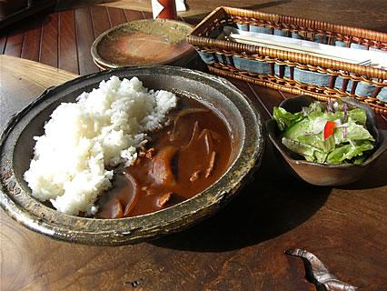 津軽金山焼 レストランPATATA (パタータ) ハヤシライス(サラダ)(500円)