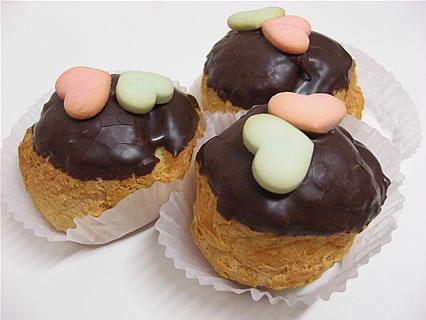 しかないせんべい チョコせんべいシュー(157円)