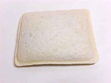 山崎製パン 黒いココアクリーム 中身