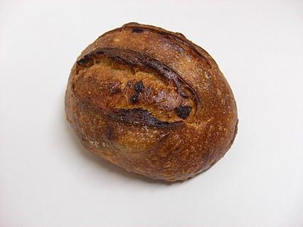 メゾンカイザー(MAISON KAYSER) 泉パークタウン タピオ店 イチジクのパン(260円)