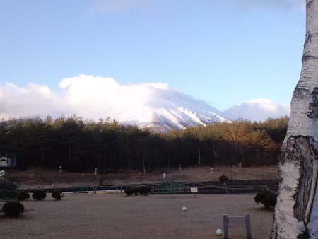 H2411月雪の浅間山